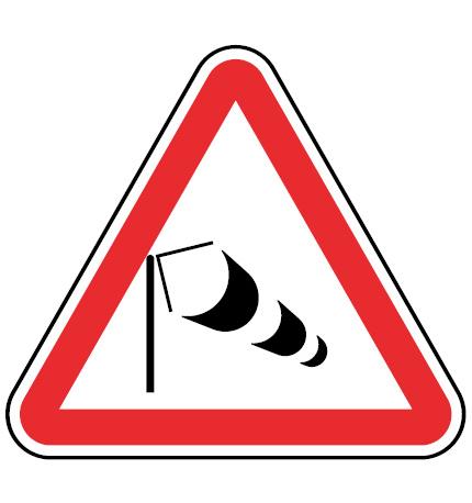 A12-Vento-lateral-sinalizacao-vertical-perigo