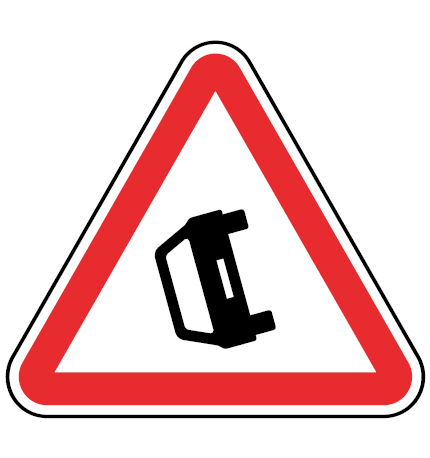 A31-Obstrucao-da-via-sinalizacao-vertical-perigo