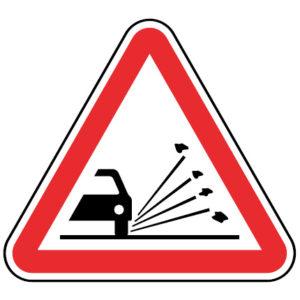 A6-Projecção-de-gravilha-sinalizacao-vertical-perigo