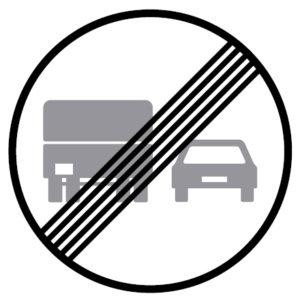 C20d-Fim-da-proibicao-de-ultrapassar-para-automoveis-pesados-sinalizacao-vertical-regulamentacao-proibicao