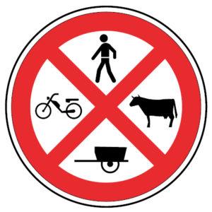 C4e-Transito-proibido-a-peoes-a-animais-e-a-veiculos-nao-automoveis-sinalizacao-vertical-regulamentacao-proibicao