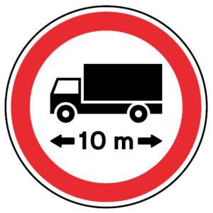 C7-Transito-proibido-a-veiculos-ou-conjunto-de-veiculos-de-comprimento-superior-a-metros-sinalizacao-