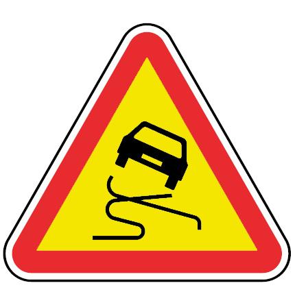 AT11-Pavimento-escorregadio-perigo-sinalizacao-vertical-temporaria